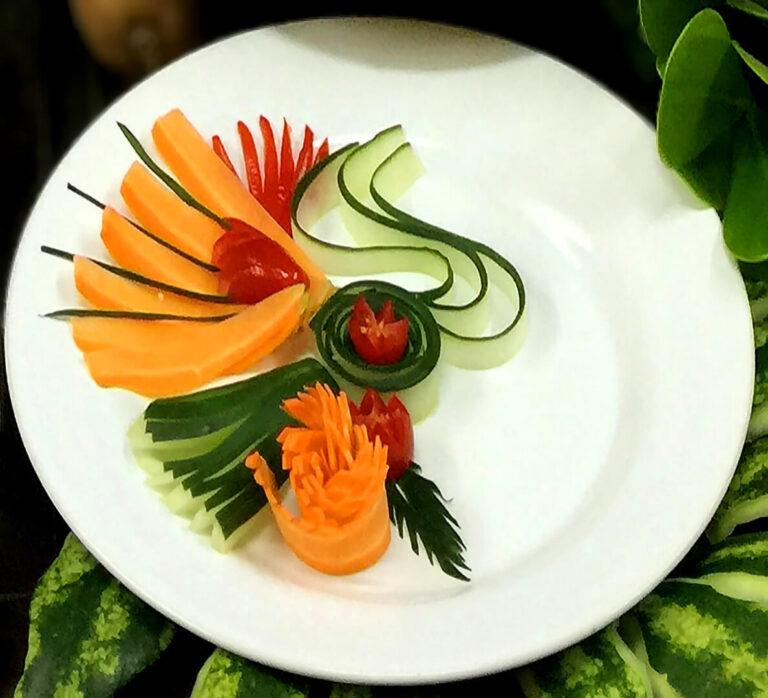 Escultura em Frutas e Legumes